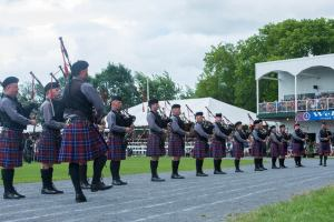 The Grade 3 Glengarry Pipe Band leading the field with Amazing Grace! They did a great job!